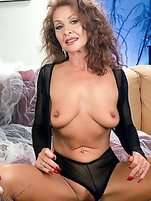 The Milf Mature and Gilfs Collection 160