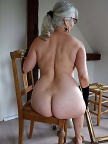 Sexiest mature female is getting seminaked